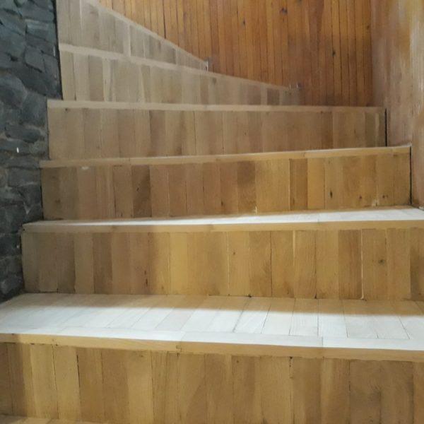Renovace dřevěného schodiště Praha