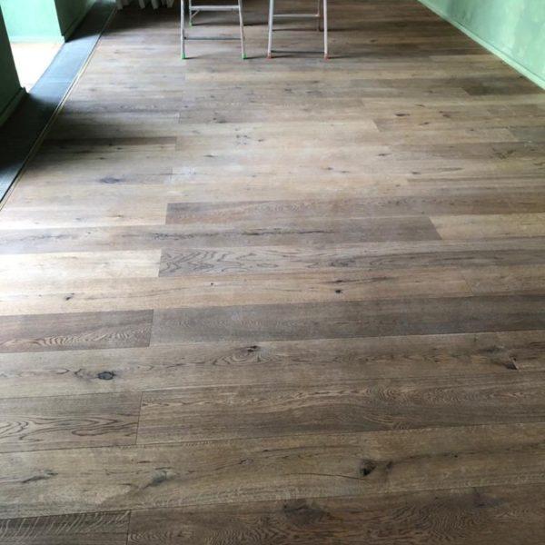 udrzba podlahy v restauraci