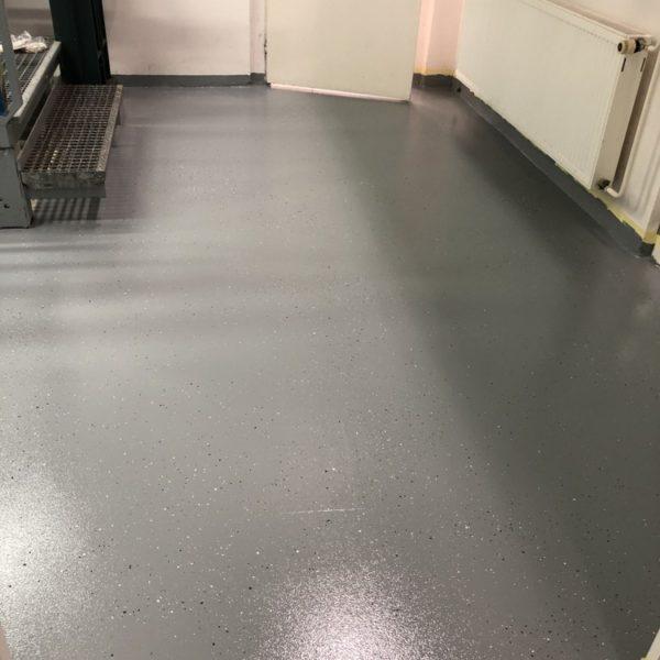 laboratorni podlaha