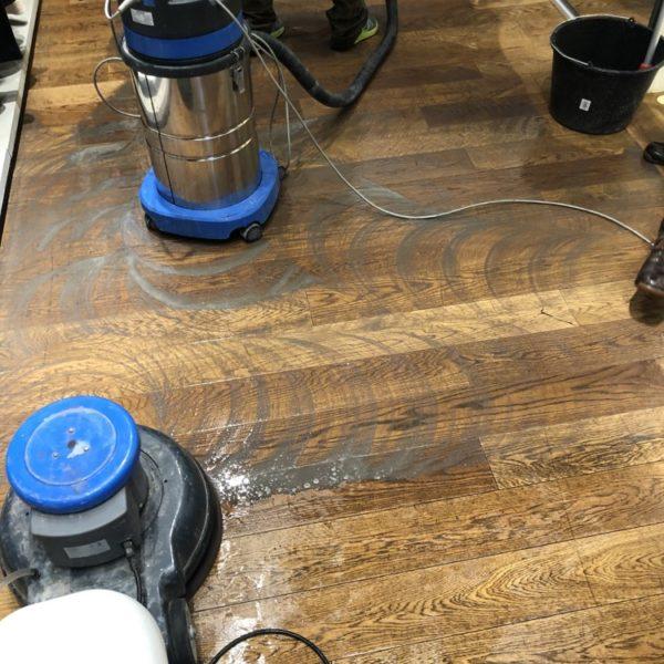 cisteni drevenych podlah